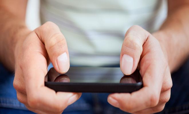 mobile-game-player-
